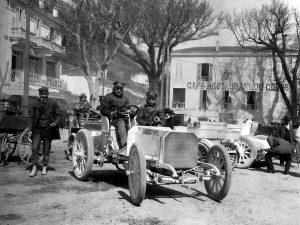 Jellinek in zijn Daimler