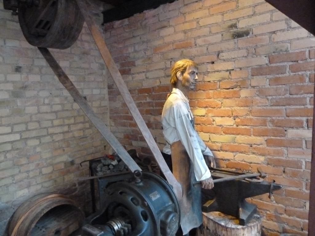 Mercedes Jubileumreis okt 2010 - Carl Benz Museum (14)