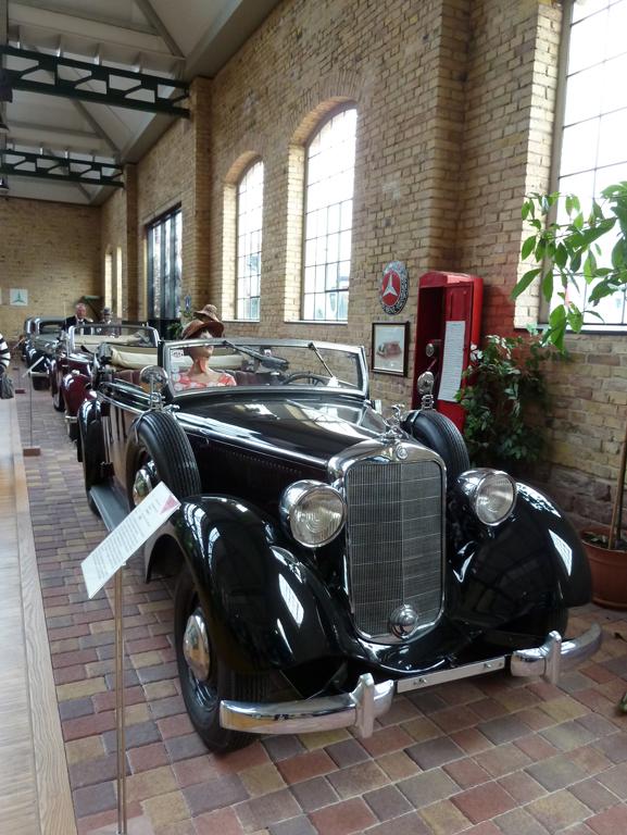 Mercedes Jubileumreis okt 2010 - Carl Benz Museum (33)