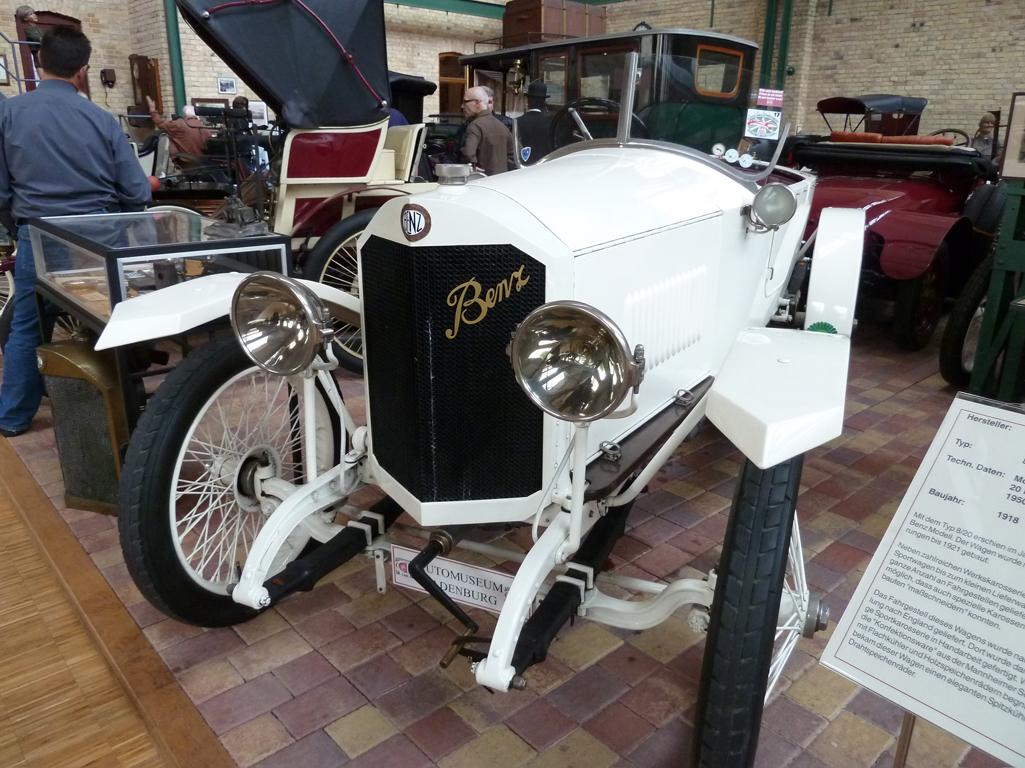 Mercedes Jubileumreis okt 2010 - Carl Benz Museum (34)