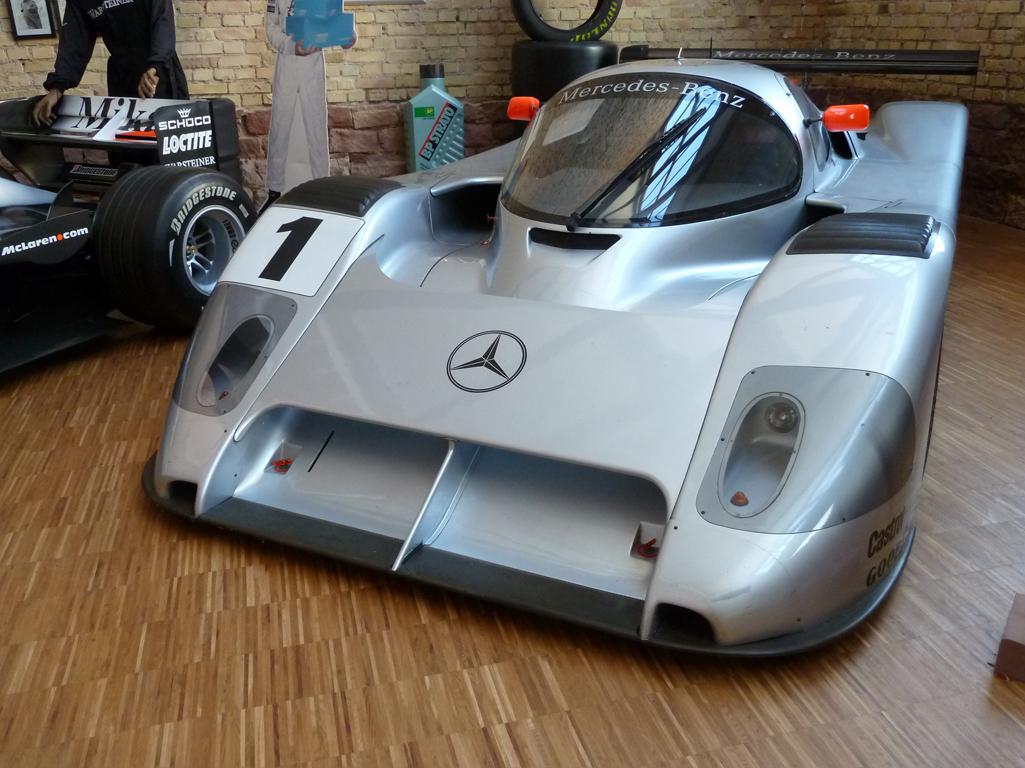 Mercedes Jubileumreis okt 2010 - Carl Benz Museum (52)