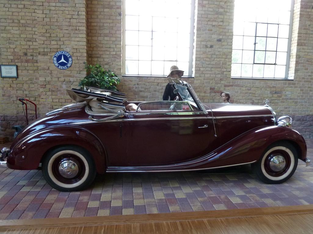 Mercedes Jubileumreis okt 2010 - Carl Benz Museum (57)