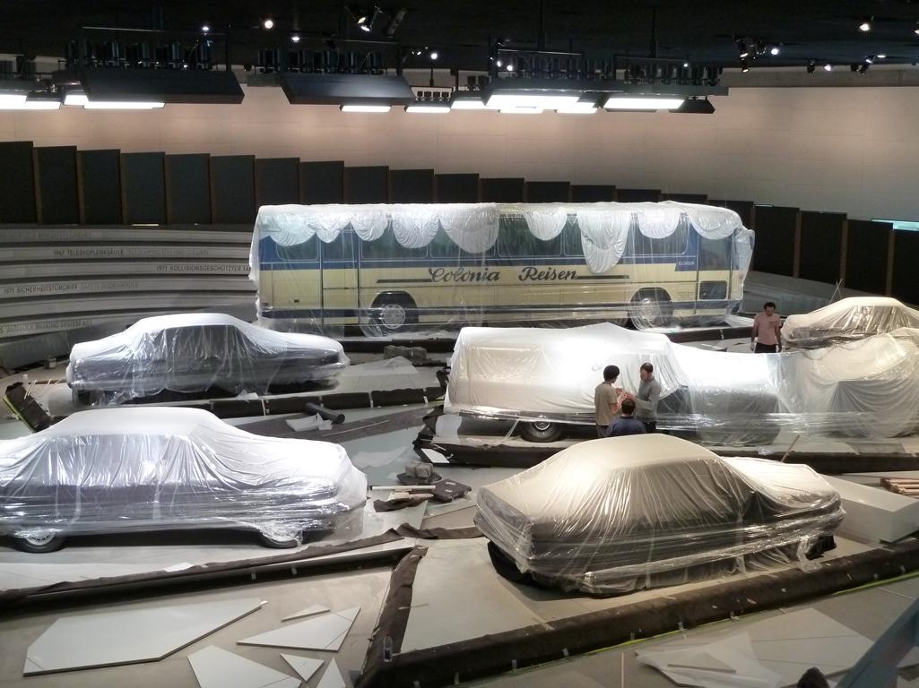 Mercedes Jubileumreis okt 2010 - MB Museum (16)