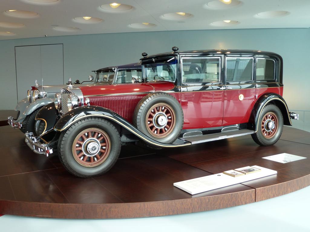 Mercedes Jubileumreis okt 2010 - MB Museum (23)