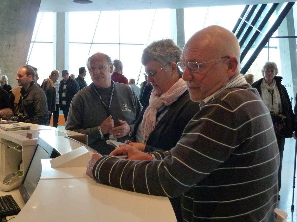 Mercedes Jubileumreis okt 2010 - MB Museum (3)