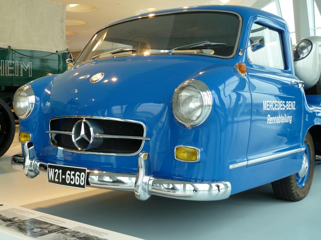 Mercedes Jubileumreis okt 2010 - MB Museum (35)